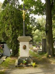 Centrální kříž s Kristem