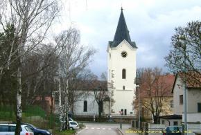 Kostel Nanebevzetí Panny Marie – areál, bez čp., ul. Národních hrdinů
