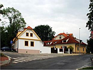Regionální informační centrum v Dolních Počernicích s veřejně přístupným internetem