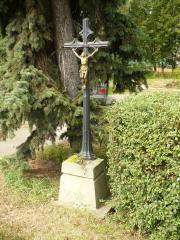Uliční křížek s Kristem