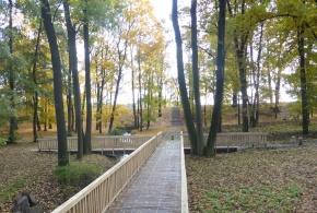 Mostek přes říčku Rokytku